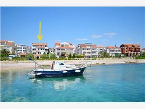 Appartement Daniela Noord-Dalmatische eilanden, Kwadratuur 50,00 m2, Lucht afstand tot de zee 30 m