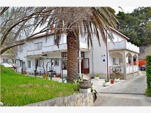 Apartman i Sobe Ruža Banjol - otok Rab, Kvadratura 12,00 m2, Zračna udaljenost od centra mjesta 400 m