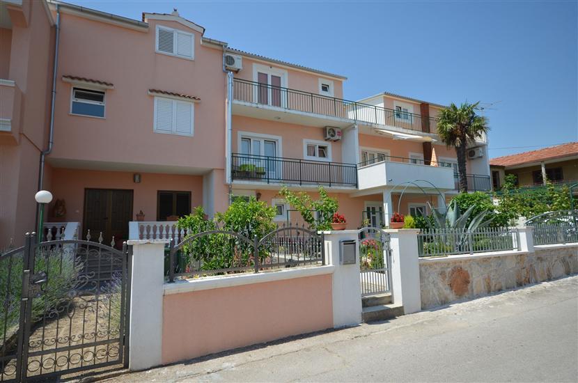 Apartments Zinka