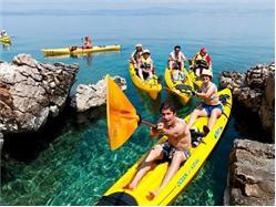 Sea kayaking - Island Brač explorer Necujam - wyspa Solta