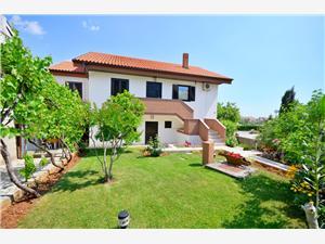 Apartman Mira Krk - otok Krk, Kvadratura 77,00 m2, Zračna udaljenost od centra mjesta 500 m