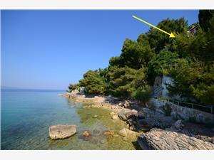 Beachfront accommodation Split and Trogir riviera,Book Aida From 59 €