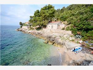 Haus Slavka Kroatien, Haus in Alleinlage, Größe 85,00 m2, Luftlinie bis zum Meer 30 m