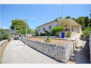 Hiša Ivo , Kvadratura 110,00 m2, Oddaljenost od morja 70 m, Oddaljenost od centra 800 m