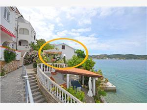 Ferienwohnungen Vera Supetarska Draga - Insel Rab, Größe 60,00 m2, Luftlinie bis zum Meer 50 m