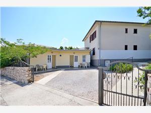 Apartmanok Branimir Kvarner, Méret 26,00 m2, Központtól való távolság 700 m