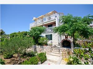 Appartamenti Milena Croazia, Dimensioni 17,00 m2, Distanza aerea dal mare 30 m, Distanza aerea dal centro città 250 m