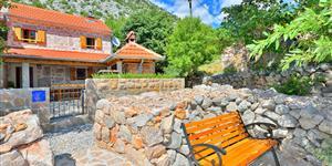 Dom - Starigrad Paklenica