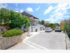 Apartmány Petar Okrug Gornji (Ciovo),Rezervujte Apartmány Petar Od 102 €