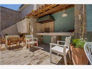 Apartmanok La Dolce Vita Veli Losinj - Losinj sziget, Méret 46,00 m2, Központtól való távolság 120 m