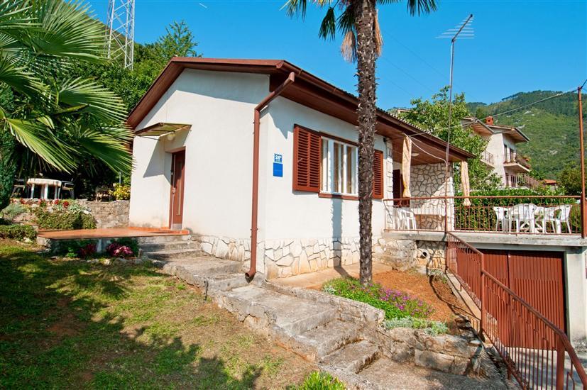Ház Mirella