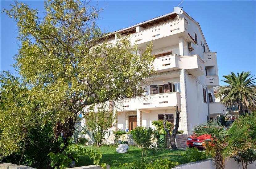 Apartmaji in Sobe Gordana