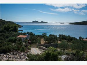 Kuća za odmor Cherry Tkon - otok Pašman, Kuća na osami, Kvadratura 50,00 m2, Zračna udaljenost od mora 20 m