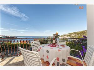 Apartamenty Gordana Razanj, Powierzchnia 70,00 m2, Odległość do morze mierzona drogą powietrzną wynosi 50 m