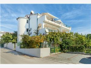 Appartements Anka Okrug Gornji (Ciovo),Réservez Appartements Anka De 85 €
