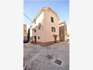 Apartmány Mladen Kastel Sucurac, Prostor 33,00 m2, Vzdušní vzdálenost od moře 200 m, Vzdušní vzdálenost od centra místa 30 m