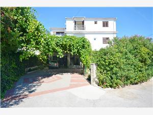 Apartmani i Sobe SummerCity Life Hrvatska, Kvadratura 15,00 m2, Zračna udaljenost od centra mjesta 30 m