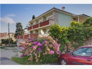 Apartment Onorina Mali Losinj - island Losinj, Size 50.00 m2, Airline distance to town centre 500 m
