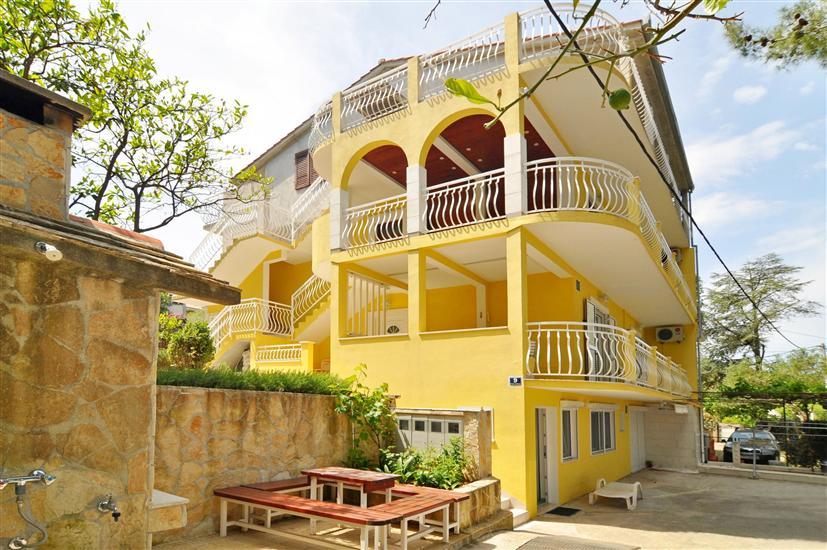 Apartment Seli