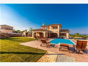 Villa Mare Vrh, Superficie 150,00 m2, Hébergement avec piscine, Distance (vol d'oiseau) jusqu'au centre ville 500 m