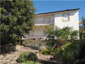 Apartmani Nikolina Malinska - otok Krk, Kvadratura 100,00 m2, Zračna udaljenost od centra mjesta 800 m