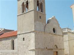 Kostol sv. Jiří Lun - ostrov Pag Kostol