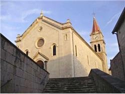 farský kostol svätého Jána Krstiteľa Postira - ostrov Brac Kostol