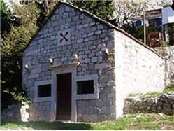 Kostel sv. Luka Ostrvica (Omis) Kostel