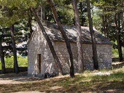 L'église de Saint-Lovre  L'église