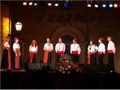 Wieczory pieśni ludowych Dalmacji Sumartin - wyspa Brac Lokalne święto