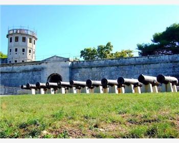Kaštel (Fortezza veneziana)