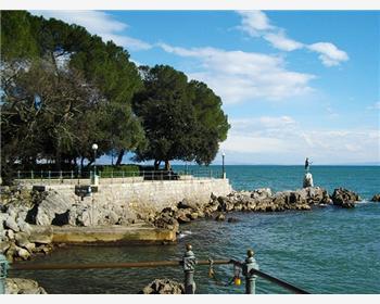 Lungomare (la promenade en bord de mer)