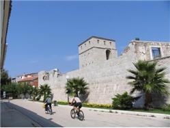La tour Skrivanat Pag - île de Pag Monuments