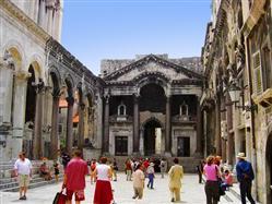 Дворец Диоклетиана  Sights