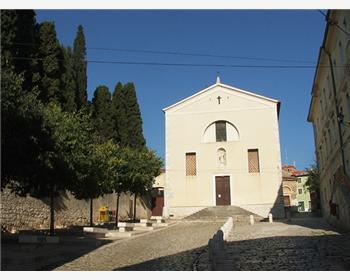 Ferences kolostor