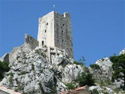 Mirabela Fort  Pamiatky