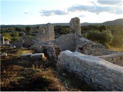 kraj Mirje Postira - otok Brac Znamenitosti