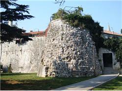 Severná veža Cervar - Porat (Porec) Pamiatky