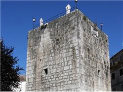 Pentagonal Tower Motovun Sights
