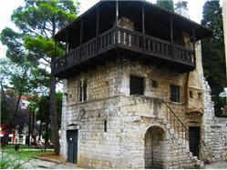 Romanička kuća Cervar - Porat (Porec) Pamiatky