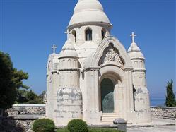 Mausoleo neobizantino della famiglia Petrinovic
