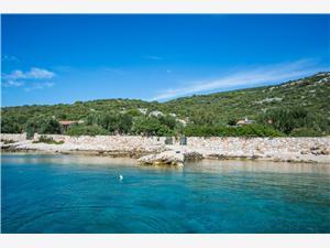 Maison Cucumber Tkon - île de Pasman, Maison isolée, Superficie 50,00 m2, Distance (vol d'oiseau) jusque la mer 15 m