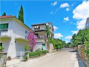 Apartmán Mara Vodice, Rozloha 75,00 m2, Vzdušná vzdialenosť od centra miesta 600 m