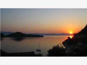 Apartman Južnodalmatinski otoci,Rezerviraj Ruža Od 770 kn