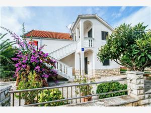 Апартамент Nada Petrcane ( Zadar ), квадратура 60,00 m2, Воздуха удалённость от моря 70 m