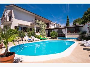 Apartman Dina Malinska - otok Krk, Kvadratura 120,00 m2, Smještaj s bazenom, Zračna udaljenost od centra mjesta 600 m