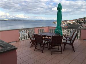 Huis Zoran Kali, Kwadratuur 165,00 m2, Lucht afstand tot de zee 70 m, Lucht afstand naar het centrum 500 m