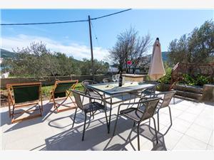 Casa Franka Vinisce, Dimensioni 70,00 m2, Distanza aerea dal mare 50 m, Distanza aerea dal centro città 100 m