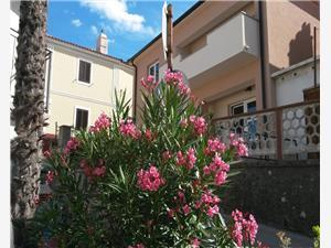 Apartman Ivana Vrbnik - Krk sziget, Méret 41,00 m2, Központtól való távolság 10 m
