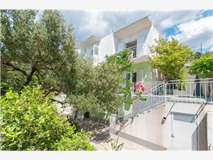 Apartmány Zorica Tucepi, Prostor 25,00 m2, Vzdušní vzdálenost od centra místa 800 m